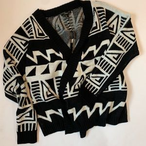 F21 black and white cardigan, cascading. Large